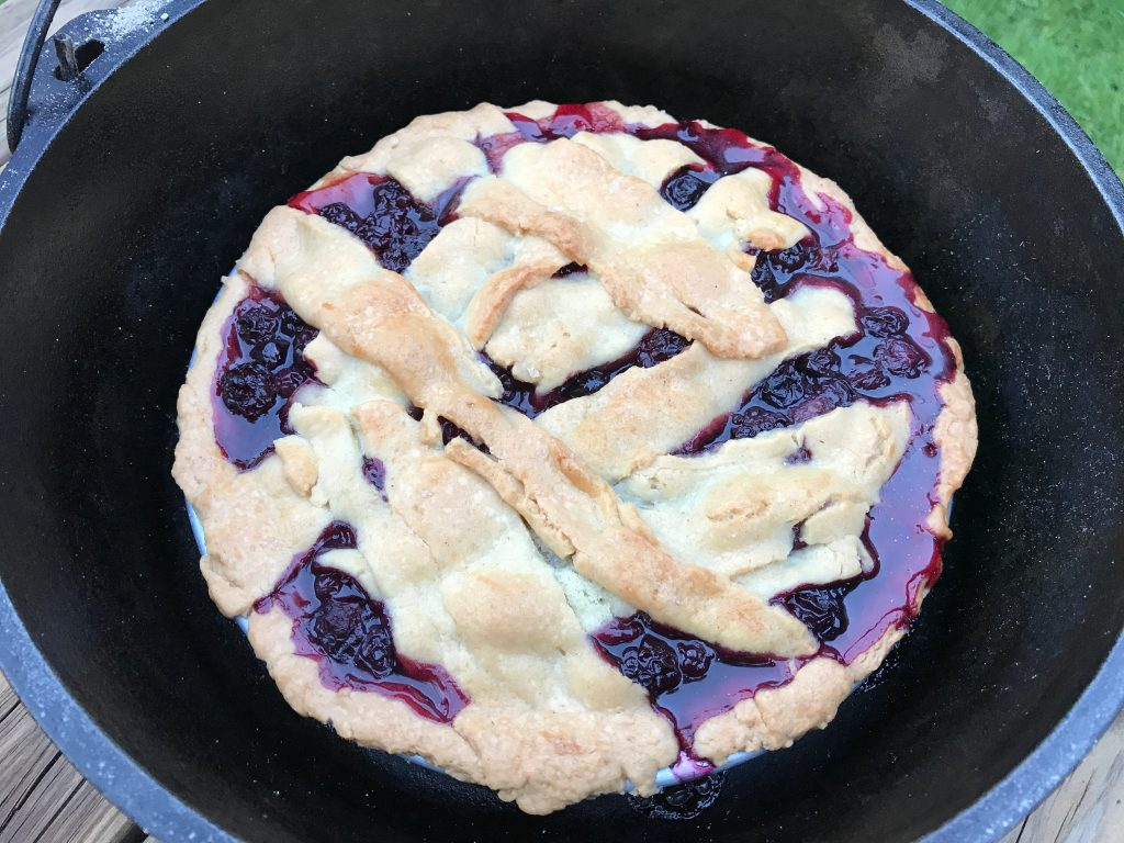 bubbling berry pie in dutch oven